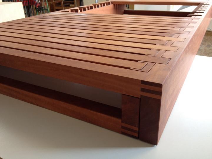 ausziehbares bettgestell manus. Black Bedroom Furniture Sets. Home Design Ideas