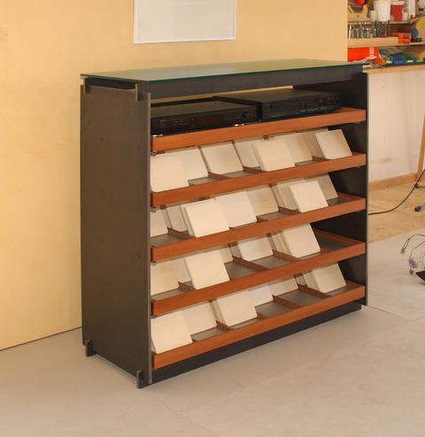 CD Sideboard